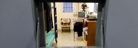 Zelle in der Therapie-Abteilung für Gewalttäter in der Justizvollzugsanstalt (JVA) Bruchsal bei Karlsruhe. In dem Gefängnis werden Sexualstraftäter behandelt.