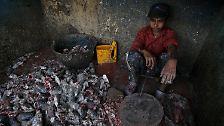 Ungebildet, krank und ohne Zukunft: Immer mehr Kinder leben in Slums