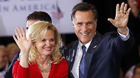 Superdienstag kann kommen: Romney gewinnt in Michigan und Arizona