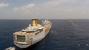 """Havarie der """"Costa Allegra"""": Kreuzfahrtschiff wird abgeschleppt"""
