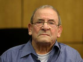 Heinrich Boere steht wegen der Ermordung von drei niederländischen Zivilisten vor Gericht.