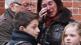 Quälende Ungewissheit nach Busunfall: Familien bangen und hoffen