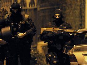 Über 30 Stunden belagerten die Scharfschützen die Wohnung des Attentäters.