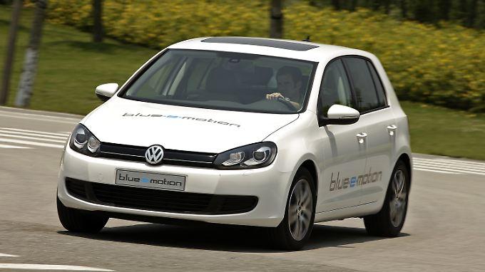 Die Batterie vom E-Golf mietet der Käufer bei VW.