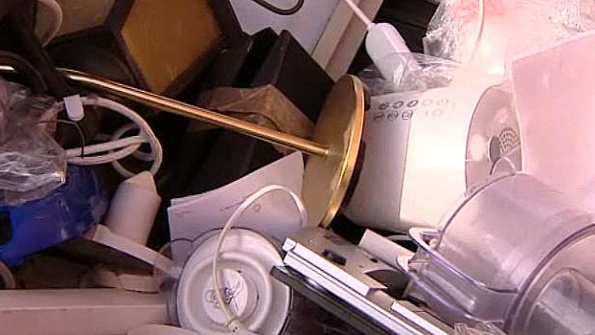elektroger te nach garantieablauf oft kaputt planen hersteller defekte ein n. Black Bedroom Furniture Sets. Home Design Ideas