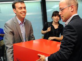 Rousta (r) und Schmid im gemeinsamen Wahlkampf.