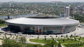 Die Donbass Arena im Zentrum von Donezk, eines der modernsten Fußballstadien Osteuropas.