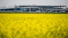 Der Fluchhafen: Brandschutz stoppt BBI