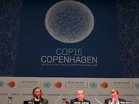 """Klimakonferenz in Kopenhagen: Nach Ansicht der """"Klima-Leugner"""" reine Zeit- und Geldverschwendung."""