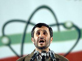 Mahmud Ahmadinedschad scheint seinen harten Blockade-Kurs aufzuweichen.
