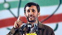 Durch sein umstrittenes Atomprogramm macht sich Ahmadinedschad keine Freunde.