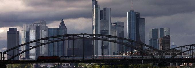 Entwicklung im Zeitraffer: Die Schuldenkrise verändert Europa schneller als geplant.