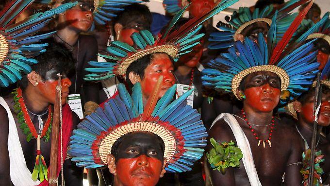 Brasilianische Ureinwohner der Assurini auf dem Weltsozialforum 2009 in Belém.