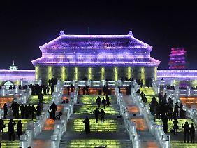 Auch hier groß gedacht: Glitzernde Träume aus Eis für das chinesische International Ice and Snow Festival.
