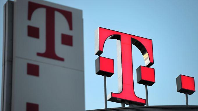 Die Deutsche Telekom will 1300 Jobs in der Bonner Firmenzentrale streichen.