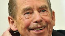 """20 Jahre """"Mythos Havel"""": Vom Dichter zum Präsidenten"""