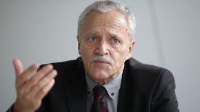 Verfassungsschutz auf dem Prüfstand: Fromm geht, Fragen bleiben