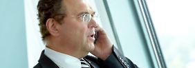 Hans-Peter Friedrich schickt den Ermittler nach Köln.