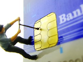In den vergangenen Jahren wurden alle 93 Millionen EC-Karten in Deutschland durch Exemplare mit den sogenannten EMV-Chips ersetzt.