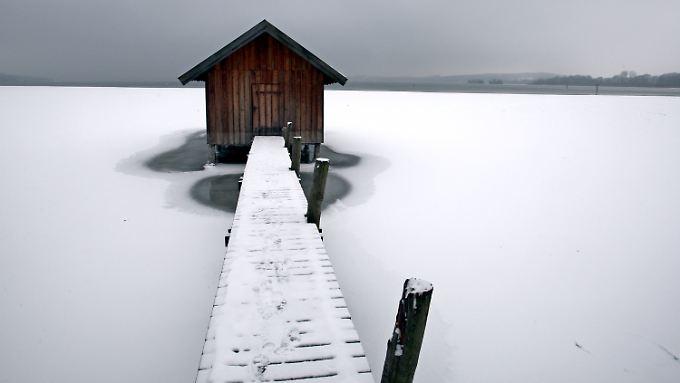 Ansonsten kann man ja auch mal die Stille eines Sees im Winter genießen.