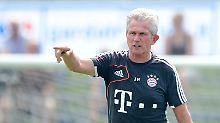Für Lars Bender lernt Bayern-Coach Jupp Heynckes sogar, wie man eine SMS schreibt.