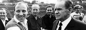 """""""Diese Entscheidung macht mich froh"""": Sepp Herberger, hier mit Uwe Seeler im Jaht 1970."""