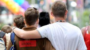 Steuerliche Gleichstellung: Koalition streitet über Homo-Ehe