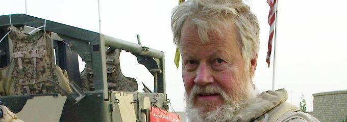 Winfried Nachtwei bei einer Abgeordnetenreise durch Afghanistan im Oktober 2008. Nachtwei war bis 2009 verteidigungspolitischer Sprecher der Grünen im Bundestag und ist weiterhin Experte für Afghanistan.