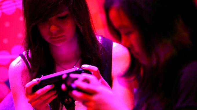 Mobile Geräte machen der Playstation mächtig Konkurrenz.