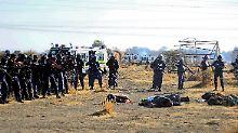 34 Minenarbeiter kamen ums Leben, als die Polizisten auf die Menge feuerten.
