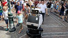 """""""Obelix"""" erobert Freiburg: Roboter findet allein seinen Weg"""