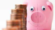 Auch wer sich nicht regelmäßig um seine Geldanlagen kümmern möchte, kann mehr rausholen.