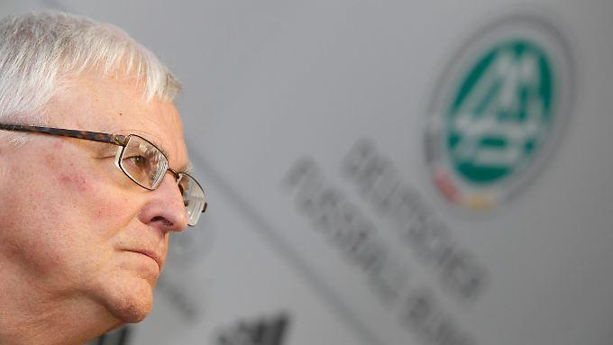 Ex-DFB-Präsident Zwanziger fordert Überprüfung.