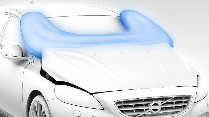 Der Volvo V40 hat als erster Pkw einen Fußgänger-Airbag.
