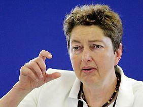 DGB-Vorstandsmitglied Annelie Buntenbach: Das wird für viele ganz eng.