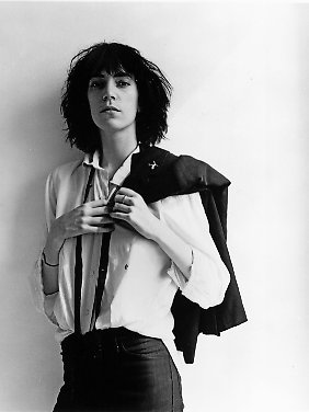 "Das Cover ihres Debütalbums ""Horses"":  Robert Mapplethorpe: Patti Smith, 1975 © Robert Mapplethorpe Foundation. Used by permission"