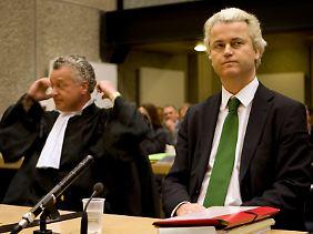 """Geert Wilders steht derzeit in Amsterdam wegen Volksverhetzung vor Gericht. Zum Auftakt des Prozesses am 20. Januar wies er alle Vorwürfe zurück: """"Ich glaube mit Herz und Seele, dass unsere Freiheit bedroht ist."""""""