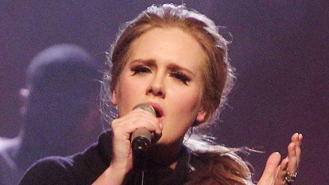 Vorläufig singt Adele nur für ihren Baby-Boy.