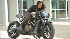 Vom Dickschiff bis zum E-Bike: Motorradträume auf der Intermot