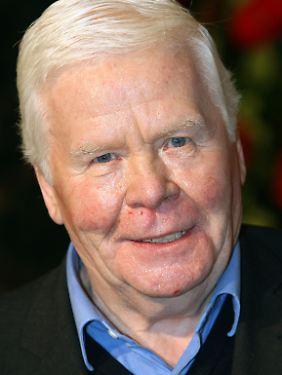 Haller erlitt 2006 einen Herzinfarkt und litt an Demenz und Parkinson.