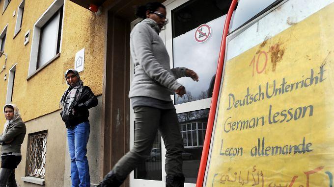 Wachsende Zahl von Asylbewerbern: Reales Szenario oder Panikmache?
