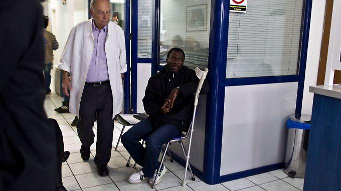 Das griechische Geundheitssystem bricht zusammen, Menschenleben sind in Gefahr. Krankenhäuser haben kein Geld mehr, um medizinisches Material zu kaufen.