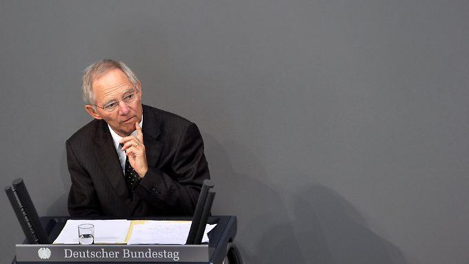 Erwartet keine schnelle Freigabe der nächsten Griechenland-Trance: Bundesfinanzminister Schäuble.