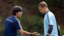 Wer wird DFB-Kapitän?: Löw zeigt keine Eile in der K-Frage