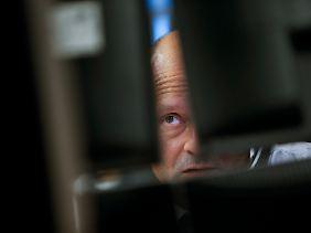 An den Märkten richten sich alle Augen auf die enormen finanziellen Probleme der USA.