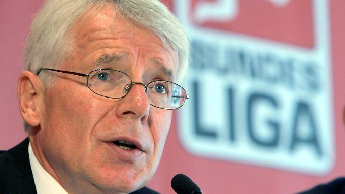 Will sich dem Nazi-Problem stellen: Ligapräsident Rauball.