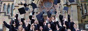 Arbeitslos als Akademiker: Wenn der Abschluss nichts bringt