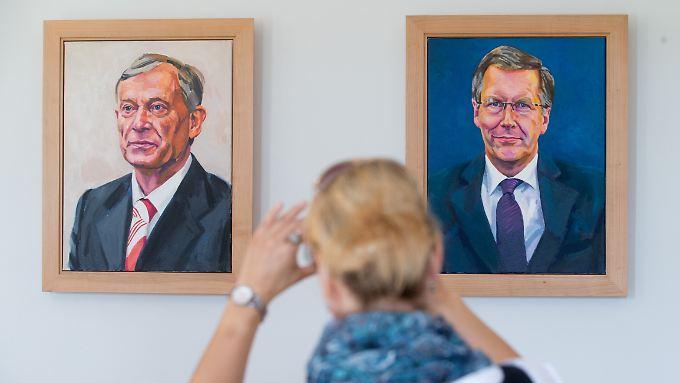 Sie trifft die Neuregelung nicht mehr: Ehemalige Bundespräsidenten wie Horst Köhler (l.) und der Auslöser der Reform, Christian Wulff, bekommen weiterhin die vollen Bezüge.