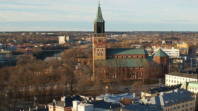 Blick auf den Dom und das Zentrum von Turku.