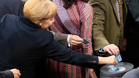 Operation geglückt: Die Auseinandersetzung um das Betreuungsgeld hat Angela Merkel erfolgreich hinter sich gebracht.